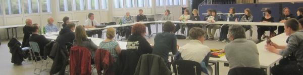 Diskussionen über Sachzwänge, das Jugendzentrum Essen, und intransparente Politik