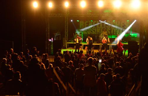 160513_Truckenthal_Rebellisches_Musikfestival_Waldbuehne_Hg4938