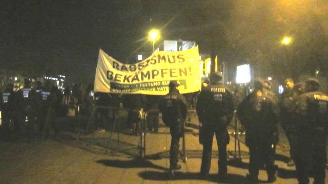 161206_protest_begleitet_cduparteitag_1376_640